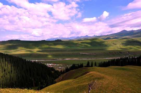 新疆伊犁班禅沟景色图片