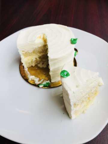 夹心奶油蛋糕图片