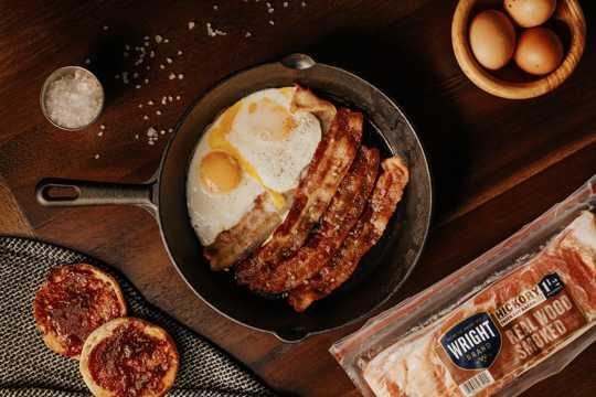 煎肉煎蛋图片