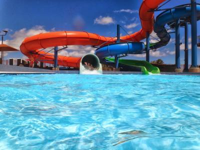 滑水, 上, aquapark, 游泳池, 水, 幻灯片, 乐趣
