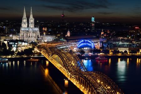 科隆, 科隆大教堂, 霍亨索伦桥, 在晚上的科隆, 科隆大教堂在晚上, 桥-男人作结构, 照明