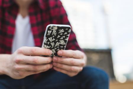 发短信给iPhone的人