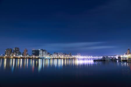 身体, 水, 在后面, 城市, 暮光, 灯, 照明