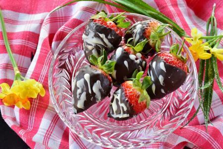草莓, 巧克力, 白巧克力, 黑巧克力, 水果, 关闭, 水果