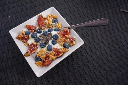早餐, 牛奶什锦早餐, 食品, 谷物, 浆果, 蓝莓, 玉米
