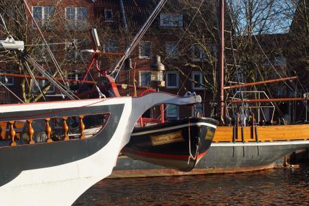 船舶, 端口, 救生艇