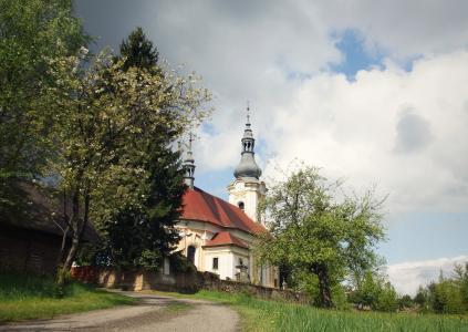 kytlice, 教会, 春天, 树, 天空, šluknovko, 波西米亚