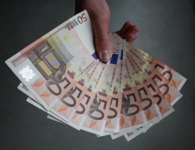 欧元, 纸币, 手, 举行, 钱, 备注, 现金