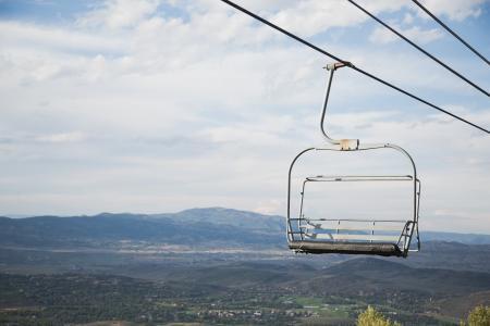 您可以乘坐缆车, 空中, 视图, 山脉, 小山, 字段, 天空