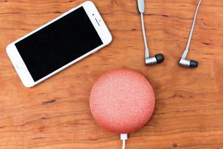 智能手机和智能家居设备