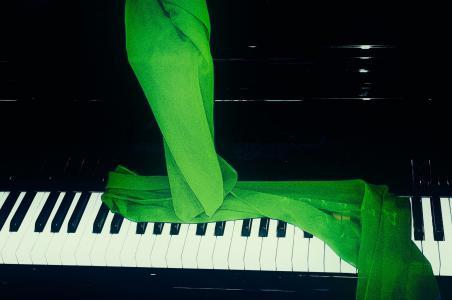 钢琴, 绿色围巾, 音乐, 我吗?, 钢琴键, 乐器, 钢琴键