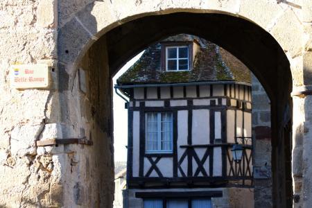 中世纪拱门, 圣 benoit 杜苏, 法式木结构建筑, 浆果, 中世纪法国, 古村落浆果, benoit 杜苏法国