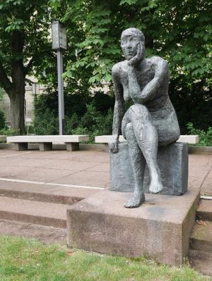 柏林, 雕塑, 沉思, ddr 艺术, 柏林洪堡大学, 柏伯恩哈德·格日梅克, 女图