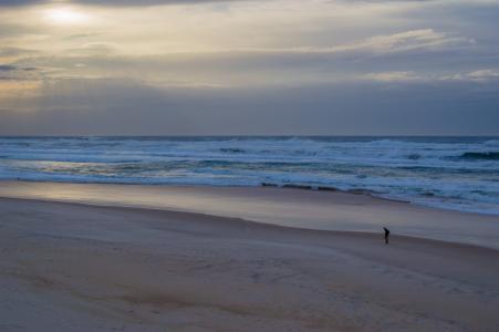 海滩日出, 暴风雨的乌云, 天空, 日出, 风暴, 海滩, 海