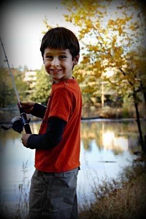 男孩, 捕鱼, 快乐, 自豪, 微笑, 娱乐, 儿童