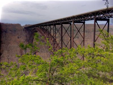 新的河峡谷, 高架桥, 具有里程碑意义