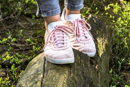 鞋子, 女孩的鞋, 运动鞋, 麂皮绒, 运动鞋, 运动鞋, 运动
