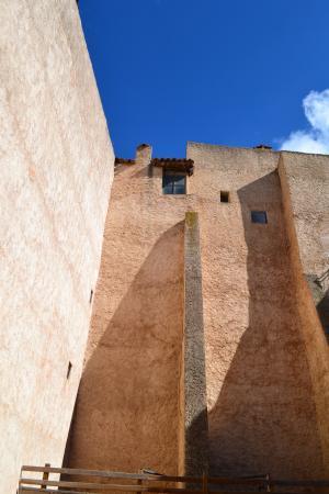 美丽的房子, 法国南部, 赭石色, 蓝蓝的天空, 美丽的对比, 阴影