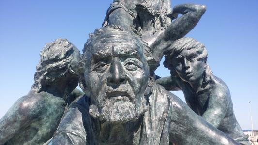 雕像, 内拉 buzcot, 天空, 蓝色, 脸上, 有孩子的老人
