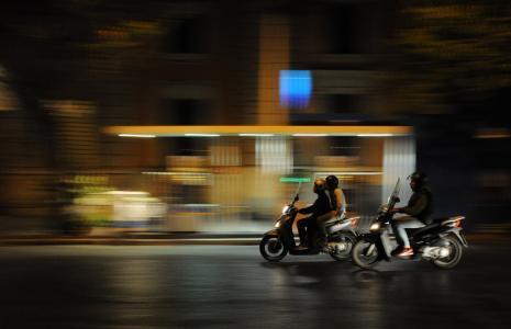 模糊, 模糊, 城市, 驾驶, 轻便摩托车, 议案, 夜生活