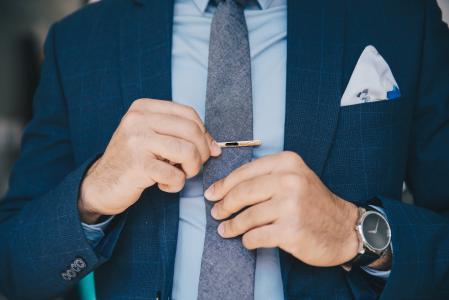 西装和领带
