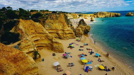 葡萄牙海滩悬崖