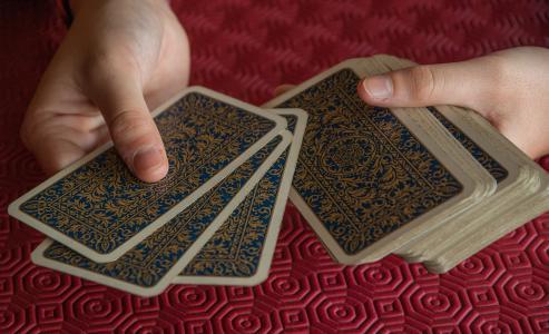 玩纸牌, 卡, 球员, 分发, 塔罗牌, 人类的手, 人类身体的一部分